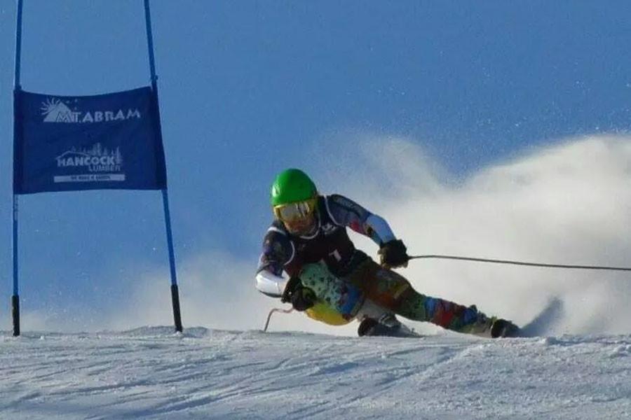 Curtis Paradis skiing in States.